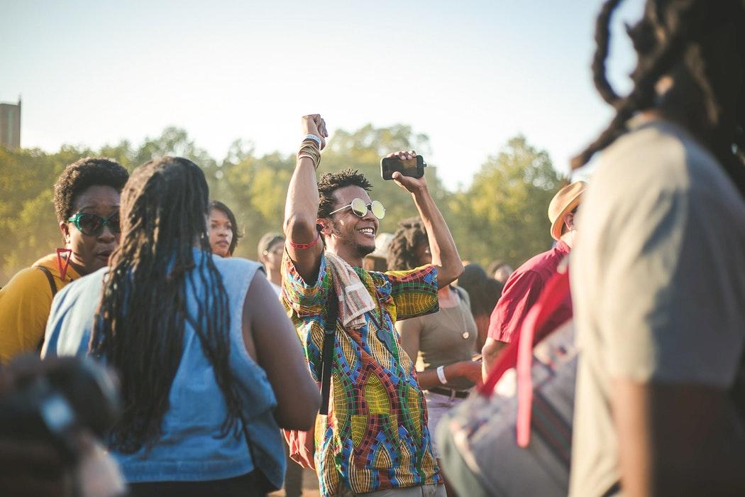 Les festivals, au-delà de la musique, une identité culturelle